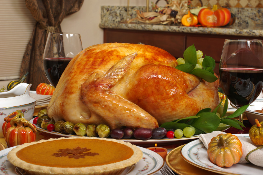 Make Hosting Thanksgiving Dinner Easier